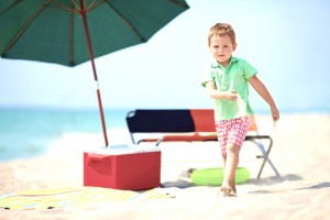 Beach gear rentals include coolers, umbrellas, and more from Vacayzen. 30A, Destin, Panama City Beach, Fort Walton, FL.